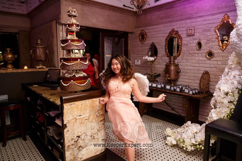 Vanessa's Sweet 16-0362