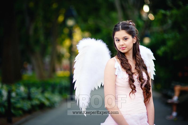 Vanessa's Sweet 16-0134