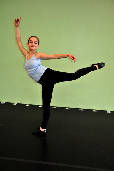 Dance (95)a