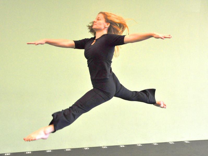 Dance (118)ab