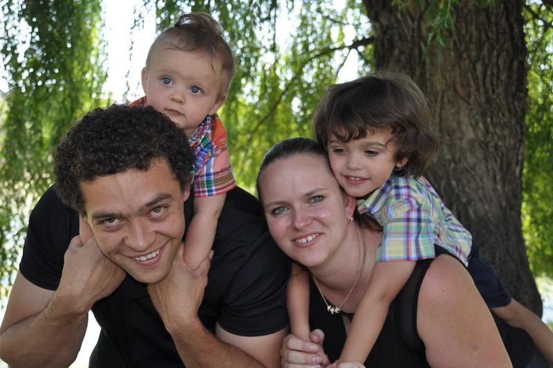 Santiago Family Aug 2013 (250)