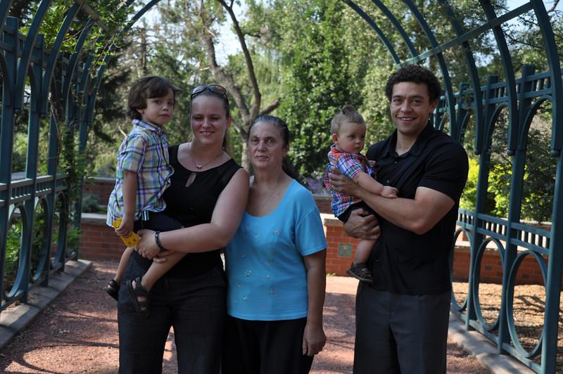 Santiago Family Aug 2013 (47)