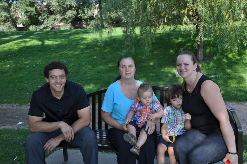 Santiago Family Aug 2013 (244)