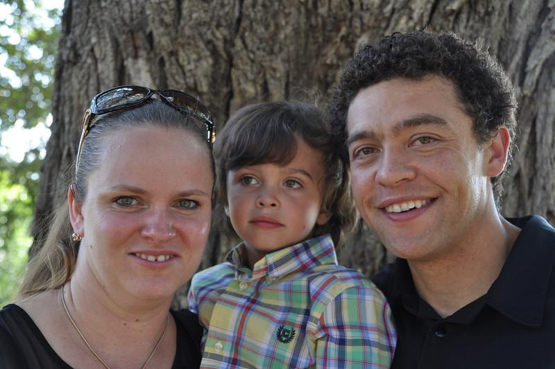 Santiago Family Aug 2013 (13)