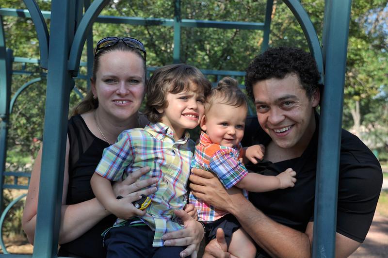 Santiago Family Aug 2013 (74)