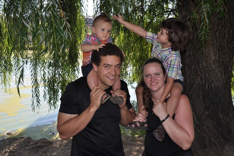 Santiago Family Aug 2013 (275)