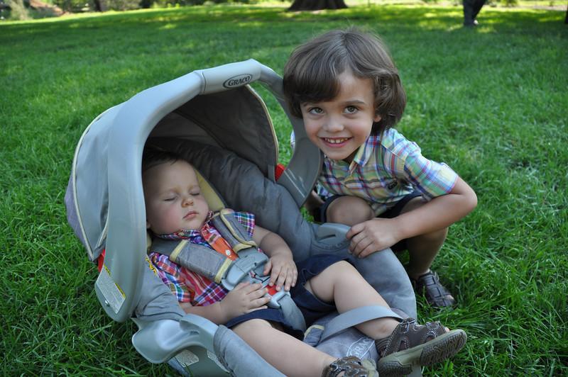 Santiago Family Aug 2013 (7)