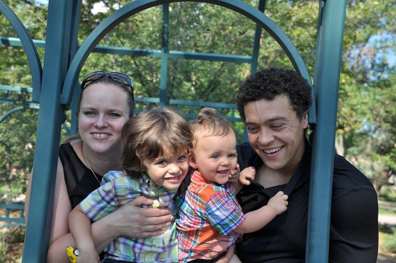Santiago Family Aug 2013 (72)