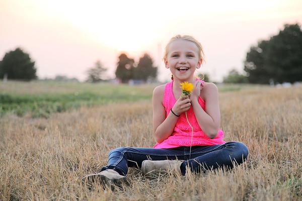 Photography: Sunflower Sunset-Campbell girls