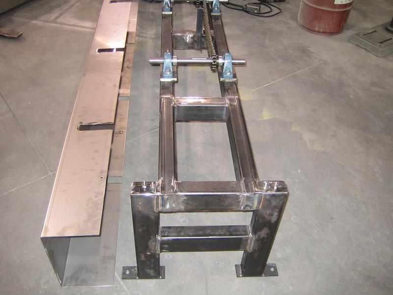 2007-01-11 17-12-15 Foot Wheel Racks