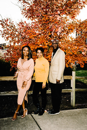 20201124_Brown_Family-44-Edit
