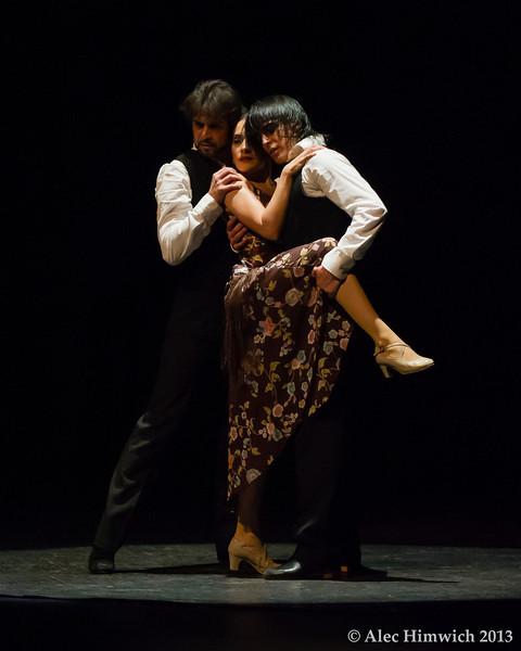Dancers: Antonio Hidalgo, Leslie Roybal<br /> Flamenco Vivo <br /> <br /> Page Auditorium<br /> Duke University<br /> Durham, NC<br /> February 11, 2012