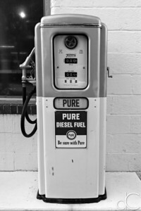 PURE Diesel Fuel, M.D. Garage, Cuyahoga Valley National Park, August 2016.