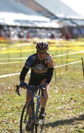 Cyclocross Event at Kissing Bridge Glenwood, NY November 12, 2011