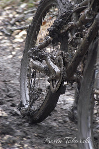 I heard this bike coming before I saw it being pushed with a broken rear derailleur and who knows what else. This photo made it to the cover of The Racing Post January 2006 issue.