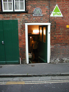 We stayed in the YHA in winchester on the friday before the ride started