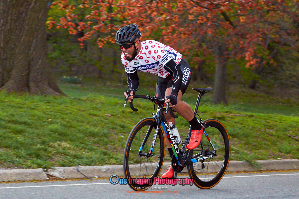 IMAGE: https://photos.smugmug.com/Cycling-Races/2016-Race-Season/Lucarelli-Castaldi-Cup-Race424/i-47CJxXG/0/XL/LucarelliRace425_-2806-XL.jpg