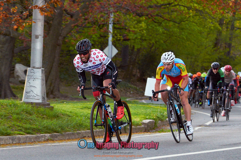 IMAGE: https://photos.smugmug.com/Cycling-Races/2016-Race-Season/Lucarelli-Castaldi-Cup-Race424/i-5jk5Dgx/0/XL/LucarelliRace425_-2805-XL.jpg