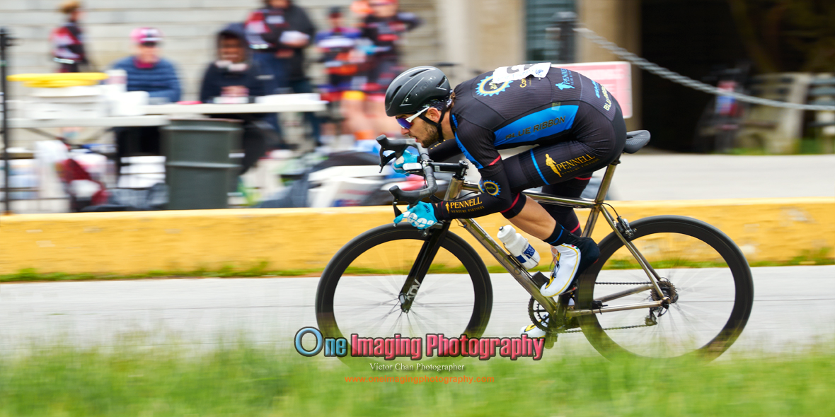 IMAGE: https://photos.smugmug.com/Cycling-Races/2016-Race-Season/Orchard-Beach-Crit-51516/i-Rs74Pkx/0/O/orchardbeachcrit515_0419.jpg