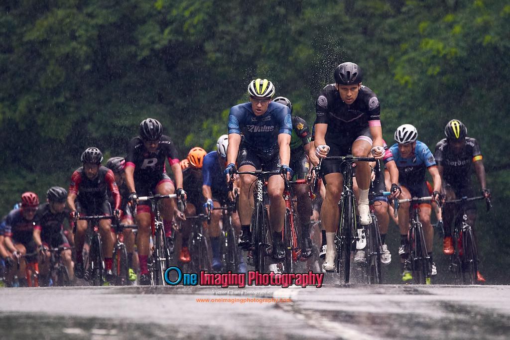 IMAGE: https://photos.smugmug.com/Cycling-Races/2017-Race-Season/CRCA-Hincapie-Classic-in-Memory-of-Lou-Maltese-62417/i-6Q2N4RZ/0/3247d21a/XL/crcahincapieloumaltese62417_0234-XL.jpg