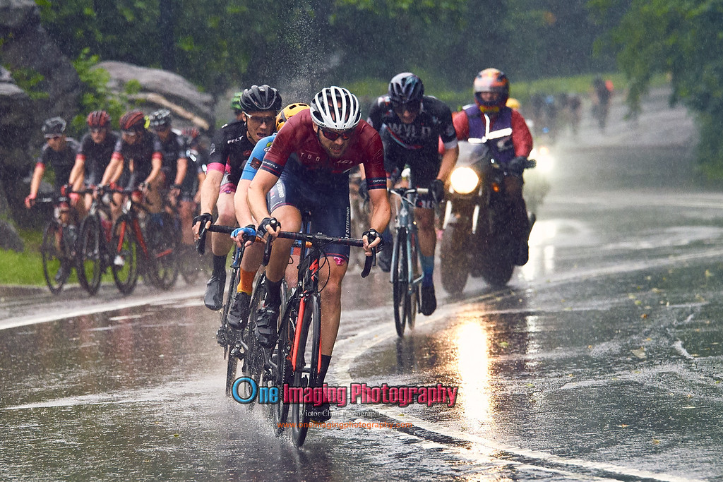 IMAGE: https://photos.smugmug.com/Cycling-Races/2017-Race-Season/CRCA-Hincapie-Classic-in-Memory-of-Lou-Maltese-62417/i-Bxwkjb4/0/f30126f9/XL/crcahincapielouMaltese62417_0142-XL.jpg