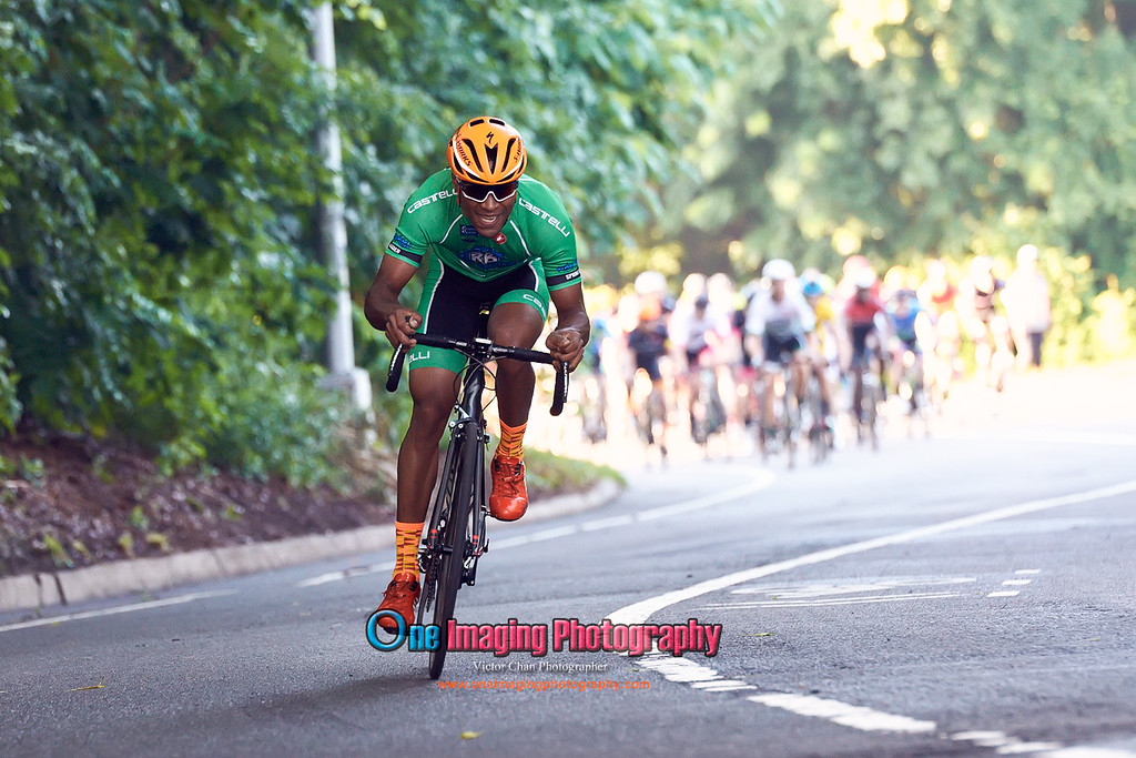IMAGE: https://photos.smugmug.com/Cycling-Races/2017-Race-Season/Lucarelli-Castaldi-Cup-Race-Series-7817/i-LVQGtnb/0/fcd57aa2/XL/lucarellicuprace7817_0300-XL.jpg