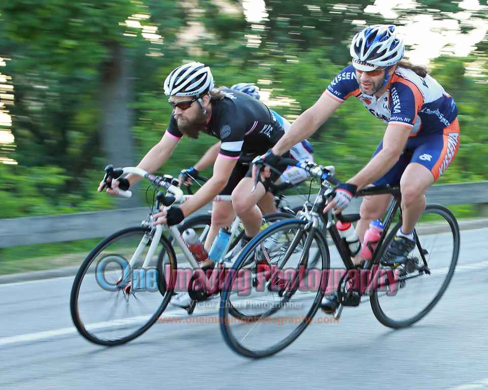 Rest of the riders coming through.  Lap 3.<br />  Lou Maltese Memorial Race 7/17/11 > Invitational Teams