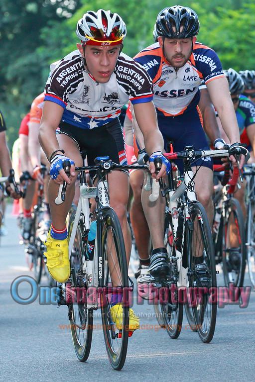 1 to go the field behind.<br />  Lucarelli & Castaldi Cup race 6/26/11 > Cat 4