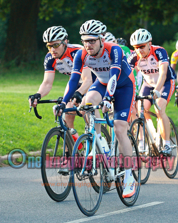 Lucarelli & Castaldi Cup race 6/26/11 > Cat 4