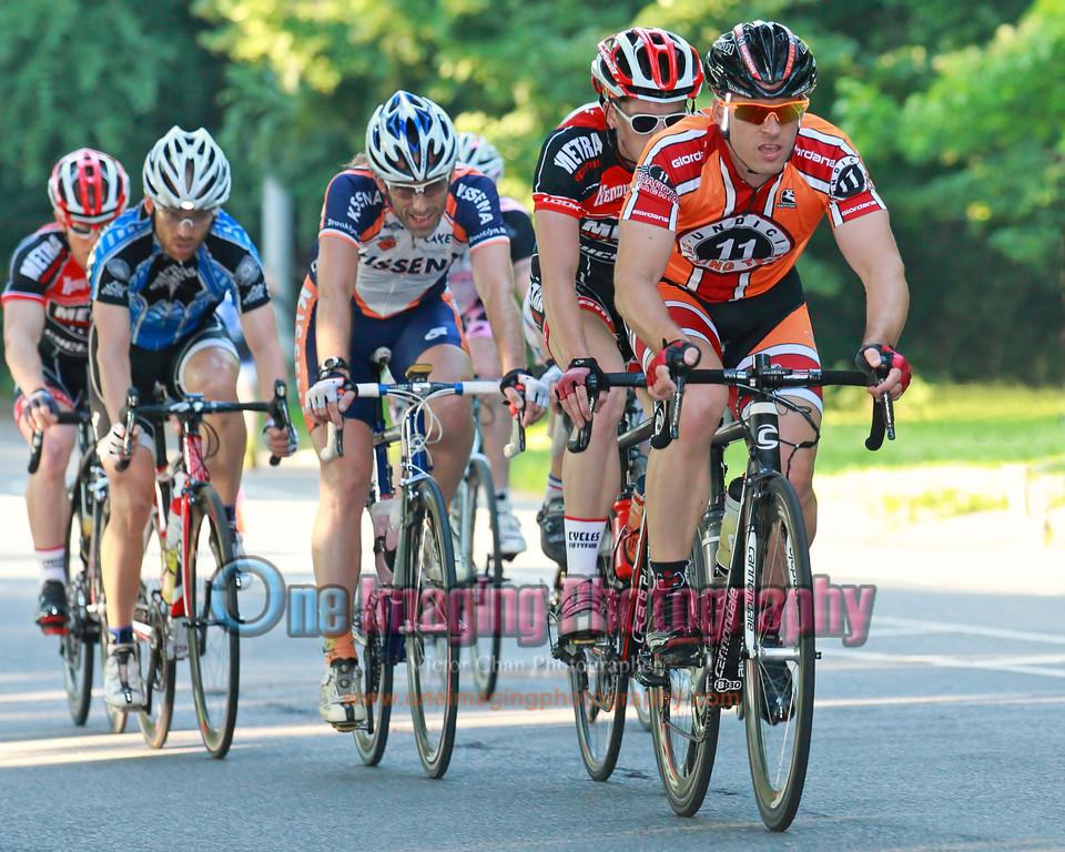 The winning break at halfway into the race. Lucarelli & Castaldi Cup race 6/26/11 > Pro 123