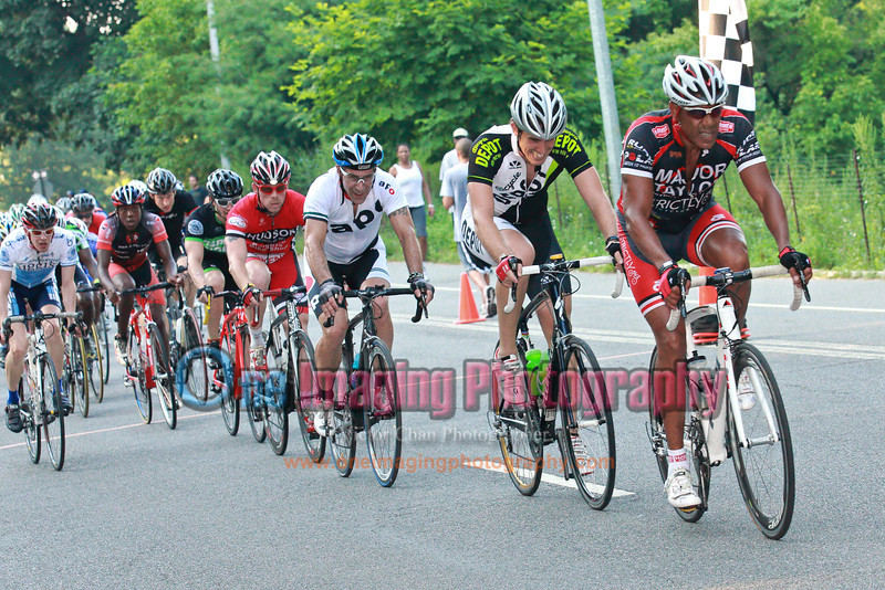 18<br /> With 1 go to, couple of attacks went off but they were short lived.  Lorenzo from Major Taylor leading the last lap.  Lucarelli & Castaldi Cup race 7/23/11