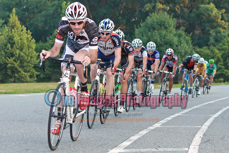 More riders managed to bridge up and now a 10 men break is established.<br />  Lucarelli & Castaldi Cup race 7/23/11 > Pro 123