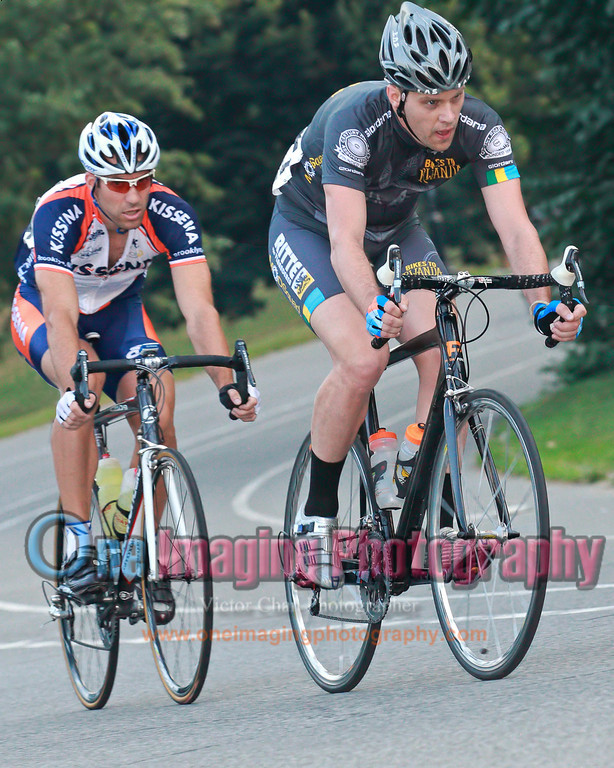 Working hard to stay away.<br />  Lucarelli & Castaldi Cup race 7/23/11 > Pro 123