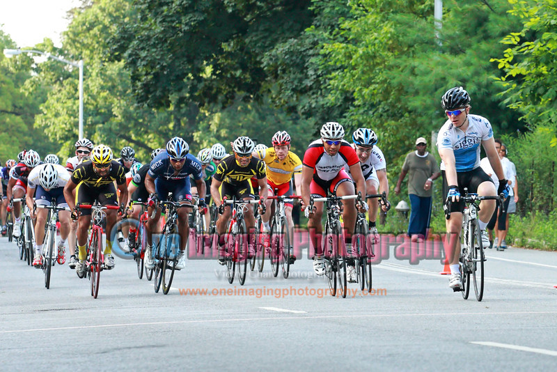 In the grand style Prospect Park race fashion, the race came down to a bunch sprint finish.