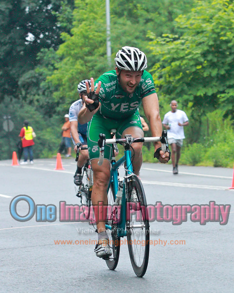 3 consecutive years as the leader of the sprint points.<br />  Lucarelli & Castaldi Cup race 8/7/11 > Cat 4