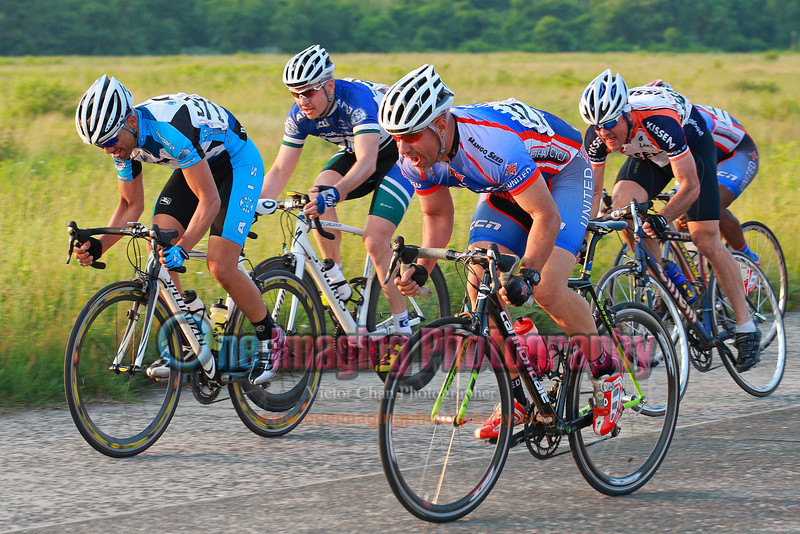 Tuesday Night Race at FBF 6/7/11 > Cat 3 and 4 fields