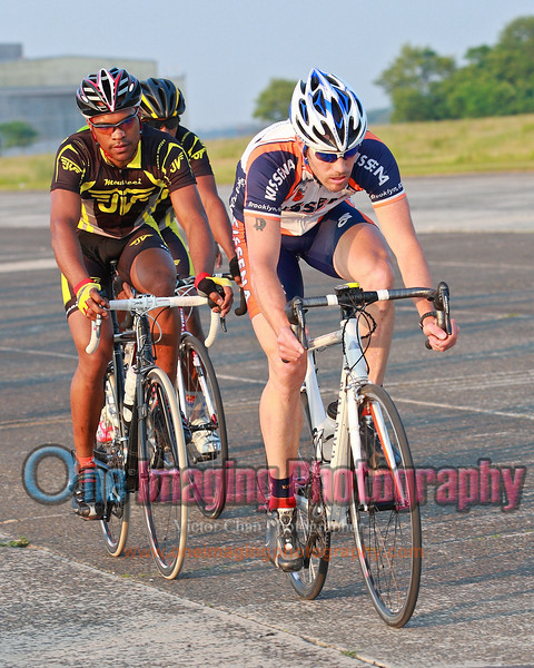 Tuesday Night Race at FBF 6/7/11 > Pro 123