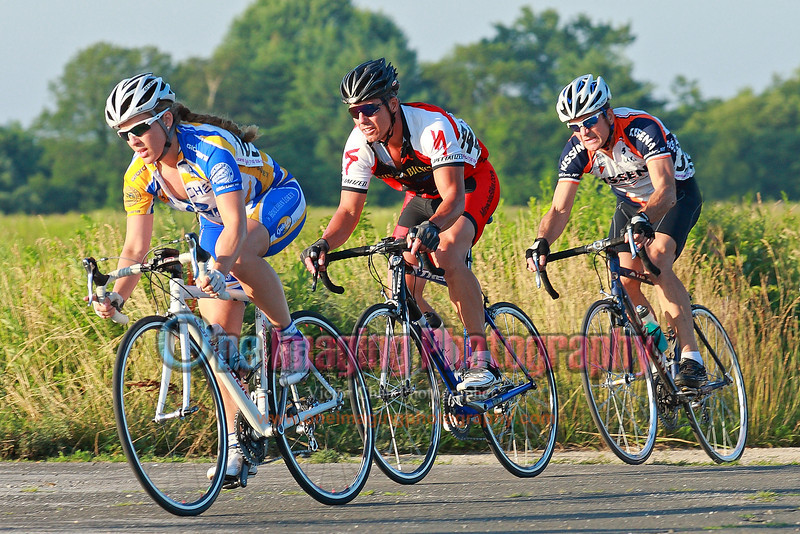 First lap.  Pretty quick pace.  Riders hanging in there.<br />  Tuesday Night Race at FBF 7/5/11 > Cat 3 and 4