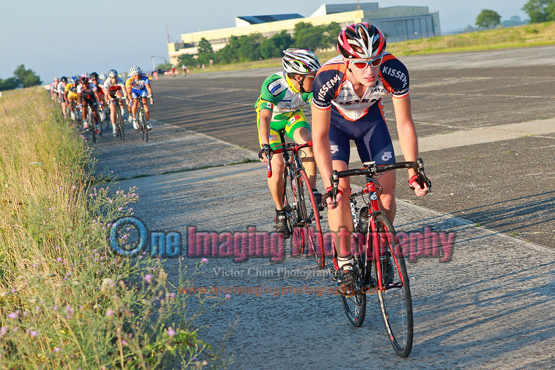 Covering any early moves.  Lap 3.<br />  Tuesday Night Race at FBF 7/5/11 > Cat 3 and 4