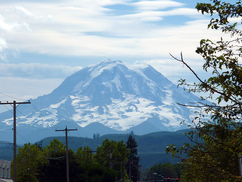 MT RAINIER FROM THE BIKE TRAIL FIRST DAY OF RIDING