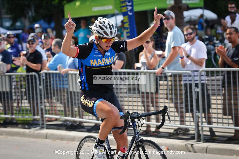@AllieOop365 wins in a breakaway., IndyCrit_2013-5046