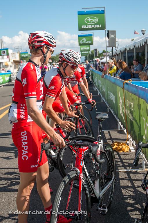 new Aussie team checking in