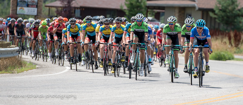 the peloton in strict team formation