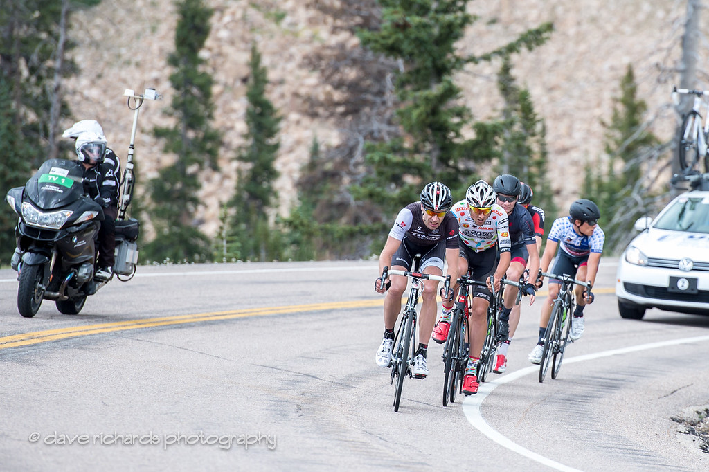 Jens Voigt leading the charge of the breakaway down from Bald Mtn. Summit