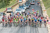 peloton spread out on Wolf Creek