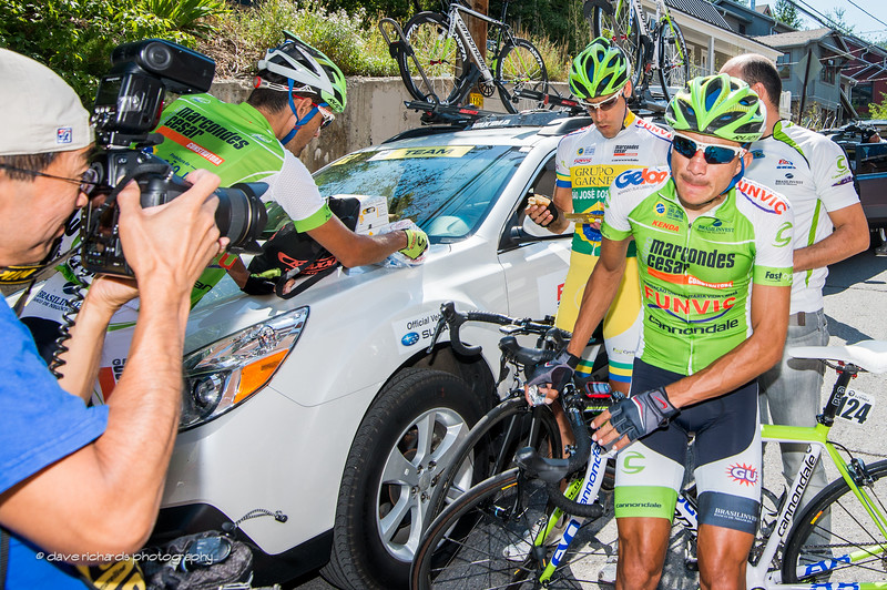 photog Andy Tao captures the Brazilian Funvic team riders prepping for stage 7