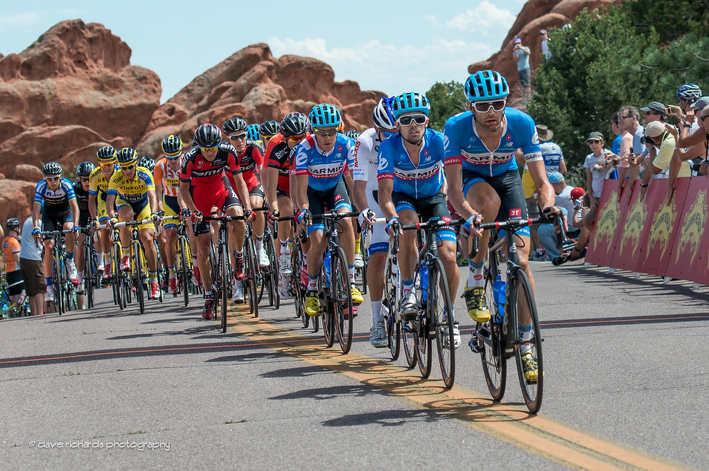 the peloton hits the KOM in the Garden of the Gods, Stage 4, 2014 USA Pro Challenge