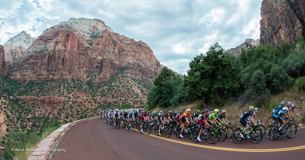 The peloton climbing up through Zion National Park, Stage 1, 2016 Tour of Utah