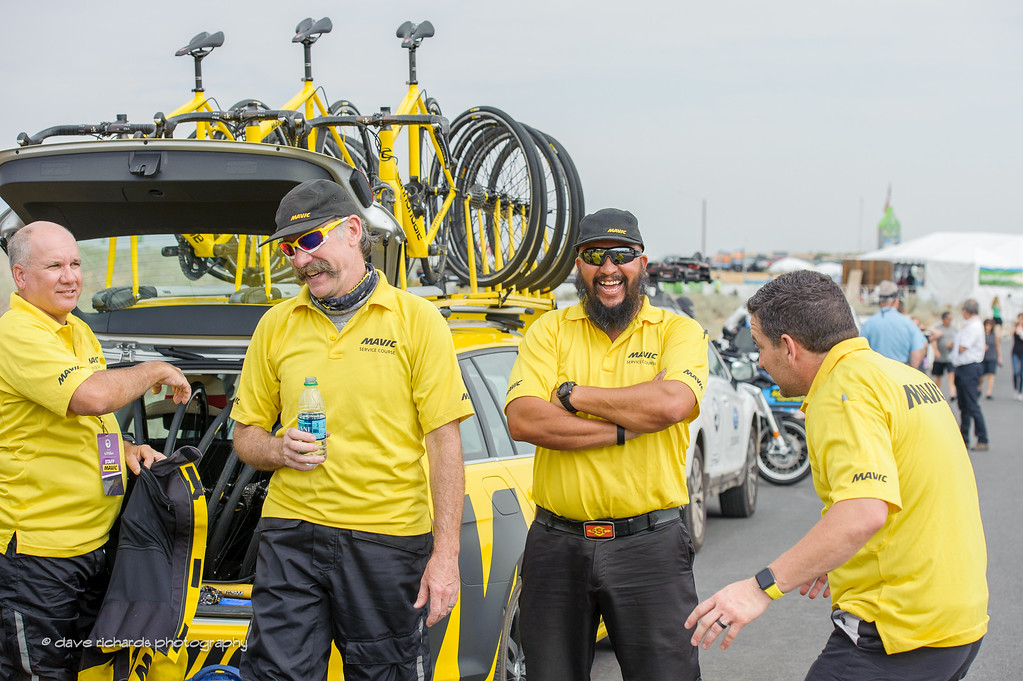 """Mavic netural support holds their """"team briefing"""" before the start of Stage 5, 2016 Tour of Utah"""