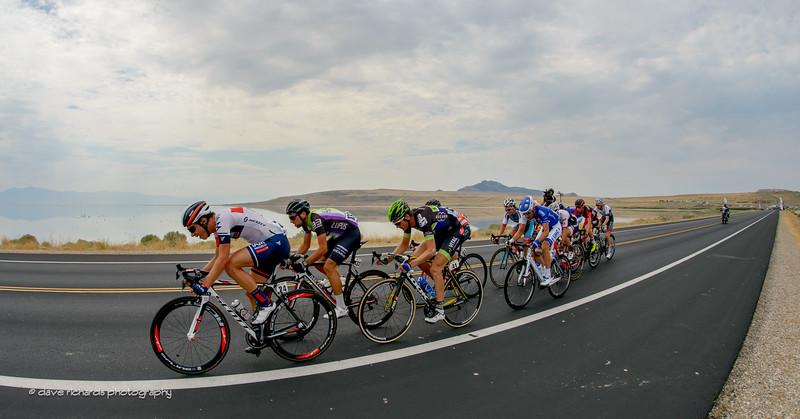 the breakaway gets organized along the causeway leaving Antelope Island, Stage 5, 2016 Tour of Utah